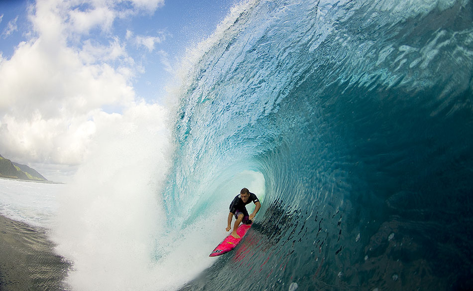 Zak Noyle's fisheye shot of Jesse Merle-Jones in tahiti