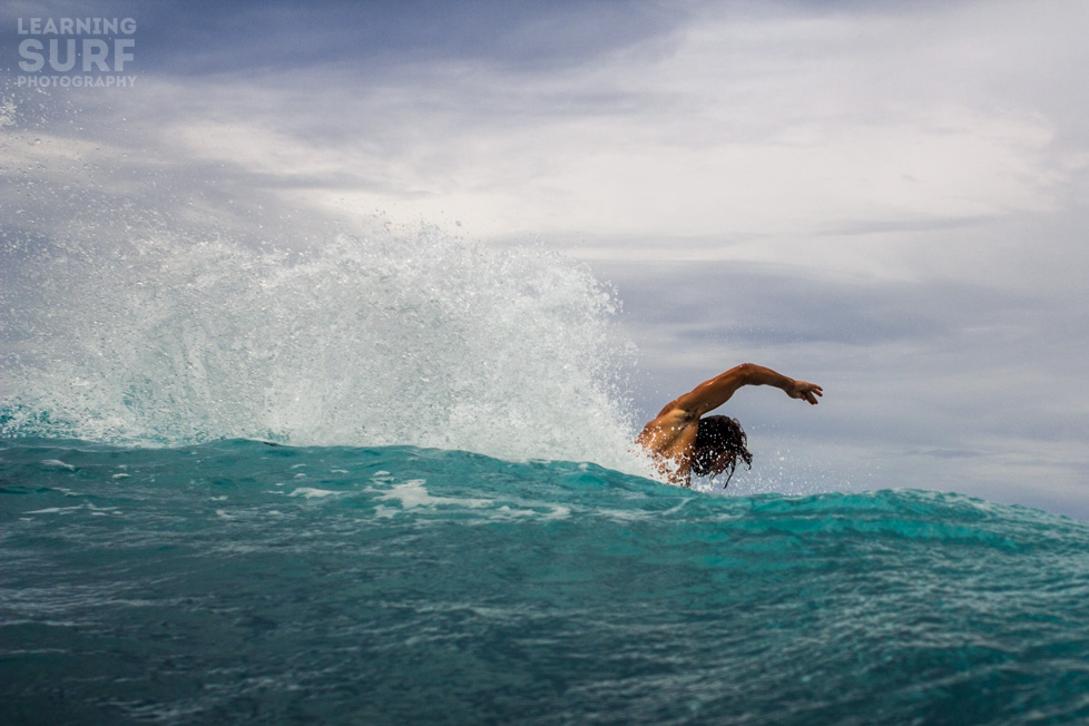 Keegan, our surf guide in Samoa, cutting back at Pasta Point, shot with my current favourite water lens the 28mm. ISO 125, 28mm, f8, 1/1000